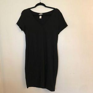 SIMPLE SUMMER T-SHIRT DRESS